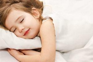 Разговоры и смех ребенка во сне