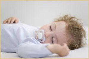 Можно ли приучить годовалого ребенка засыпать самостоятельно