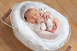 Положение, рекомендованное для сна новорожденному