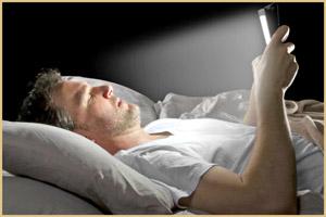 Гаджеты перед сном ухудшают сон