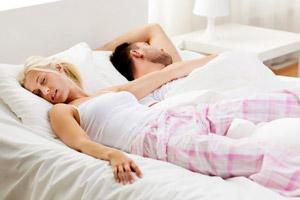 Характеристика людей и их взаимоотношений по позам сна