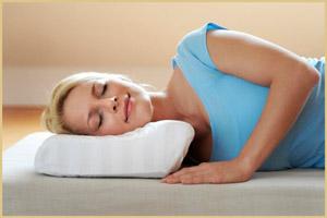 Ортопедическая подушка для отдыха на боку