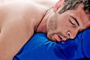 Избыточное отделение слюны во сне