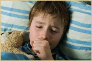 Как остановить ночные приступы кашля у ребенка?