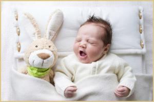 Ребенок дергается при засыпании