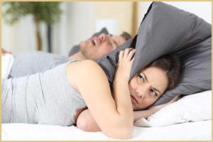 Как правильно выбрать подушку от храпа?